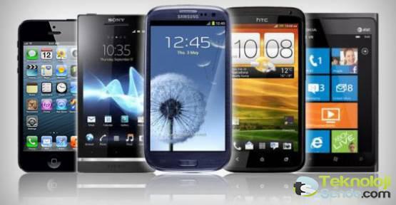 Akıllı Telefonlarda indirilen uygulamalarda Cep telefonlarınızdaki verilere ulaşılma olasılığı çok yüksek olması Akıllı telefonların Ne kadar tehlikeli olduğu gözler önüne serildi.